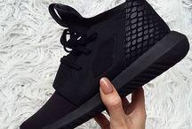 Shoes × S N E A K E R S ✨