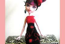 Barbie en poppenkleertjes