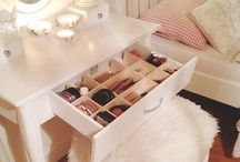 Mesa de Maquiagem / Inspire-se e crie um cantinho organizado e lindo só seu! http://www.tudoit.net / Instagram: @tudoitoficial / Facebook: https://www.facebook.com/lojatudoit