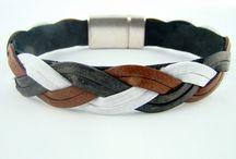Bracelets de cuir tressé, en édition limitée