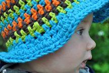 háčkované čiapky, šály a nákrčníky