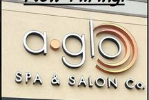 """HIRING! / This board displays """"Now Hiring"""" info for A Glo Spa & Salon Co."""