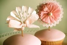 Cupcake & Cake Decor / by Dita Wistarini