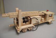 Jucării de lemn