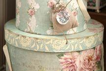Romantiq Details