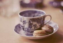 Tea & Coffee / 《 A riempire una stanza basta una caffettiera sul fuoco》.