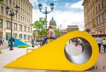 Leto v Pitere / Лето в Питере / «Лето в Питере» — это уникальный городской проект, экспериментальная площадка, пример трансформации пешеходной улицы в общественное актуальное пространство.