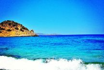 Beaches near Agios Nikolaos / Ag Nikolaos is known for its sandy beaches with crystal-clear, waters, secluded or organised with easy access. Most located close to Ag Nikolaos centre. Explore a selection of them. http://goo.gl/gNR8Ta