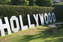 Hollywood Red Carpet Party / Invite your friends and family to your red carpet extravaganza