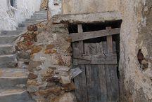 Puertas y callejones