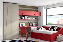 Habitaciones en rojo / Habitaciones juveniles donde algunos muebles son en color rojo