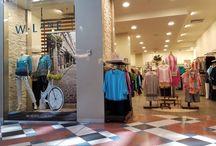 August 2016, MacArthur Square, Visual Merchandising Shop Fronts / Visual Merchandising and retail marketing in shop fronts in MacArthur Square August 2016
