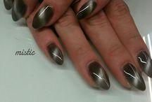 manicure tytanowy mistic