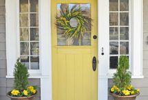 fornt porch/door