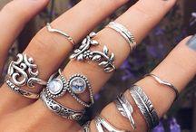 anelli e bracciali