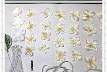 élethű virágok