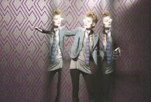 HookedonWalls - Mystic Mirrors / Classic Wallpapers