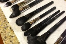 Cleaning makeup brushes - an experiment