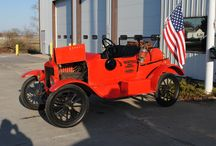 Antique Fire Trucks / Look back on the past and check out the classic fire trucks that have served fire stations throughout history.  For the fire trucks that have been taking out of service and are now more useful for historic exhibits and props for town parades.   For over 15 years, Setcom has a customized wired or wireless intercom system for your emergency vehicle. Setcom's fire apparatus headsets and intercoms help departments comply with OSHA and NFPA requirements.  http://www.setcomcorp.com/fire.html