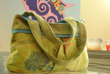 sewing - purse love / Here you will find tutorials on how to make purses and general purse shapes that I use for inspiration when, making my purses. / by Jennet Allison