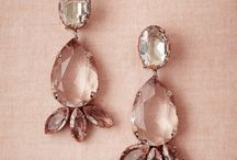 bridesmaid accessories / ideas for necklaces, earrings, shoes etc looking for gold/rose gold colored jewels