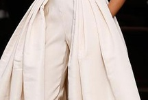 Moda: DesignerFashion 2014-15 / Top designers fashion lines.  Be sure to check out the Designer Resort/Cruise board for a continuation of beauty and art.   / by La Belleza de Venus (LBV)