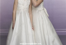 Wedding Flower Girl Dress / Get a fashion wedding flower girl dresses for cheap rate... / by iwedplanner