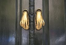 Ρόπτρα...heurtoirs. ..door knockers
