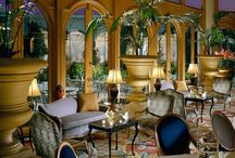 Philly / Nestled in the premiere shopping district of Center City, our Philadelphia shop sits inside a 19th century mansion with Anthropologie. The majestic staircase, stained glass ceiling, and ornate fireplaces are some of our favorite Beaux Arts details preserved from the original architecture. Stop by to browse our assortment of wedding gowns and accessories, or make an appointment to try on wedding dresses. After your visit, venture to the must-see destinations in our hometown!