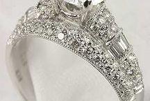 Shiny Pretty Things / Vintage/antique rings