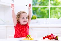 Toddler Feeding Tips / A collection of tips and ideas to help you feed your toddler!