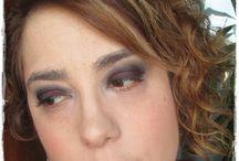 Maquillaje en burdeos / Maquillaje en tonos burdeo y negro. Con un toque de dorado en el lagrimal