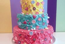Tiered Cakes / Tiered cakes are great for weddings, but also a nice treat for any celebration!