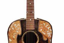Buddy Holly Guitars / A scrapbook of Buddy's guitars