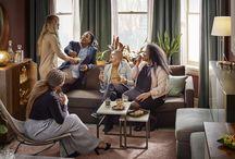 Salones para celebrar - Catálogo IKEA 2018 / El salón es el espacio donde se vive y sucede todo. Amuebla tu salón con piezas que te permitan organizar cenas con amigos o celebrar momentos mágicos con tu familia. Te ofrecemos ideas para diseñar espacios muy flexibles y celebrar ...