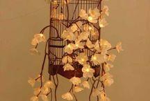 Jaula decorada con flores