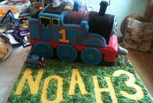Facebook/farrahimogencakes / Cakes! Cakes! Cakes! And Macaroons  Visit Facebook/farrahimogencakes