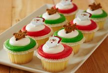 Holiday Treats / It's the most wonderful time of the year... Enjoy some of your favorite, festive treats from Ukrop's Homestyle Foods!