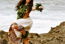 Island Life / vintage fantasy of old Hawai'i