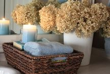 Bathroom ideas / by Leslie Berdecia