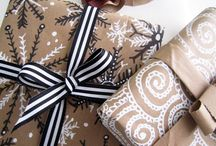 Stationery & Gifts - Gift Wrap