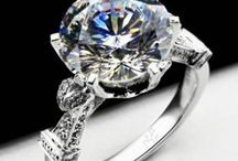 Royal Design 4 carat Romantic Synthetic Diamond Wedding Ring