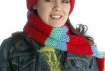 Crafts: Round knitting loom