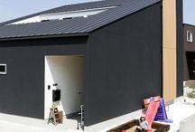 施工例16lソラマド香川 / 香川県内で建てたソラマドの家の写真です。 お洒落で、わくわくして、人とは違った家を建てたい、もちろんローコストで…。 私たちは、そんな住宅をたくさん実現してきました。 お客様のお好みのテイストはもちろん、ライフスタイルに合わせた、快適で心地良いオンリーワンの住まいをご覧ください。 <Works16> 香川県高松市 家族構成:夫婦+子ども2人 延床面積:104.33m²