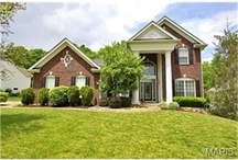 Curb Appeal / The first impression of a home is so important. These are some of our favorites from the St. Louis area and beyond!
