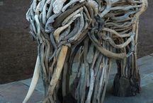Skulpturen Holz