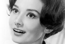 Audrey Hepburn /Одри Хепберн / elegance and sincerity/ элегантность и искренность