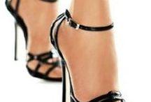 Ayakkabı ve cantalar