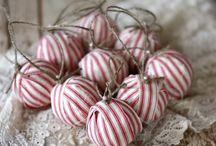 Christmas Decorating / Christmas