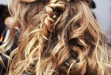 Hair color: Blondes  / by Alanna Joslin